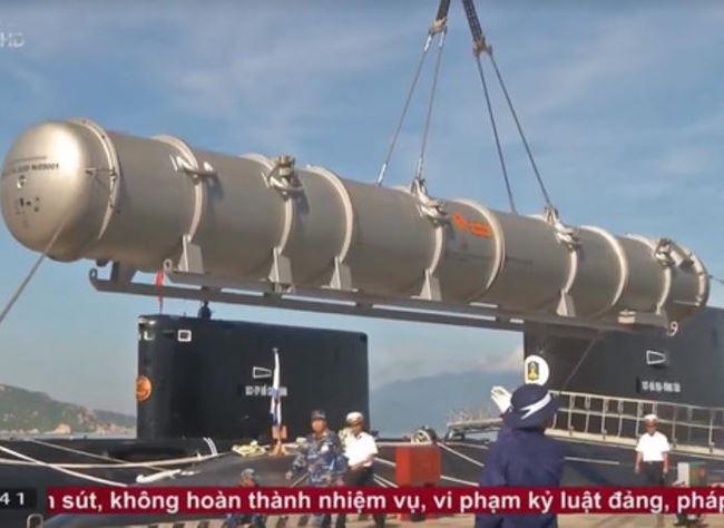 """Kilo Việt Nam mang """"sát thủ"""" Kalibr là mối đe dọa lớn nhất với đối thủ trên Biển Đông"""