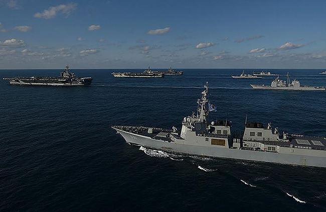 Vũ khí nào giúp tàu sân bay Mỹ đánh bại Trung quốc?