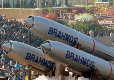 10 vũ khí 'khủng' của Ấn Độ khiến Trung Quốc phải kiêng nể (1)