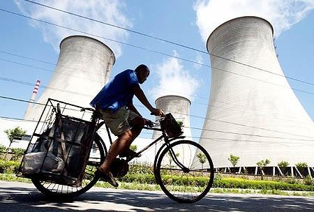 Trung Quốc tái cấp phép xây dựng nhà máy điện hạt nhân