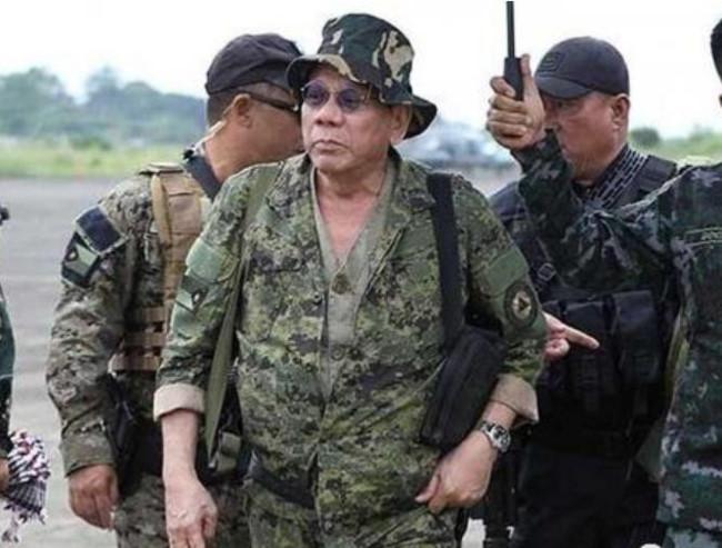 Philippines 'bắt cá nhiều tay', vẫn coi Mỹ là đồng minh số 1