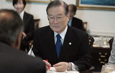 Nhật - Trung hoãn hội đàm do căng thẳng gia tăng