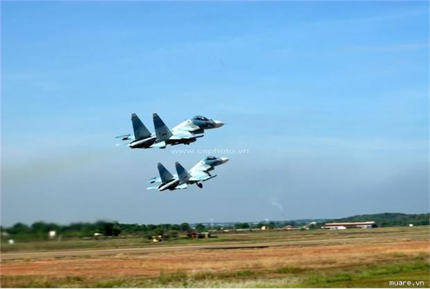 Việt Nam đã có 23 máy bay chiến đấu Su-30MK2 trực chiến