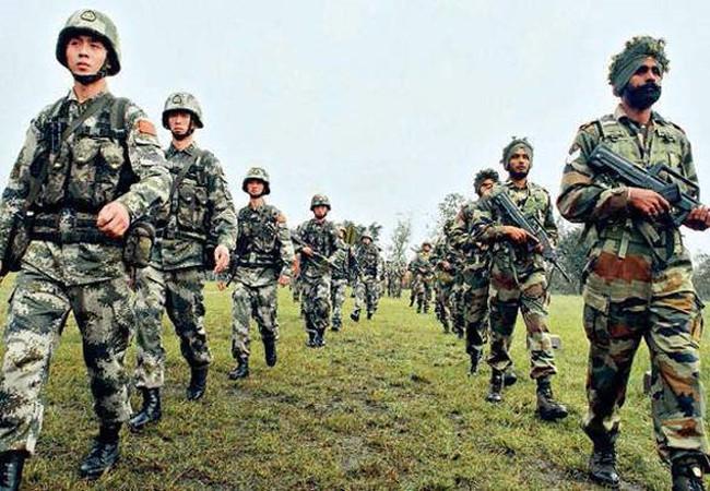 Trung Quốc, Ấn Độ đối đầu: Ai hưởng lợi?