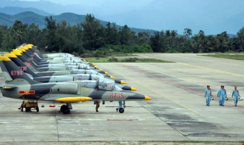 Không quân Việt Nam: tính toán chọn mua Yak-130 hay L-39NG