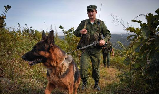 Nga, Trung Quốc tăng cường an ninh dọc biên giới Triều Tiên - Ảnh 2.
