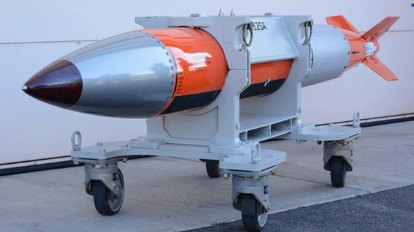 Trung Quốc hoảng loạn tột độ khi biết Mỹ đưa bom hạt nhân B61-12 ra Biển Đông
