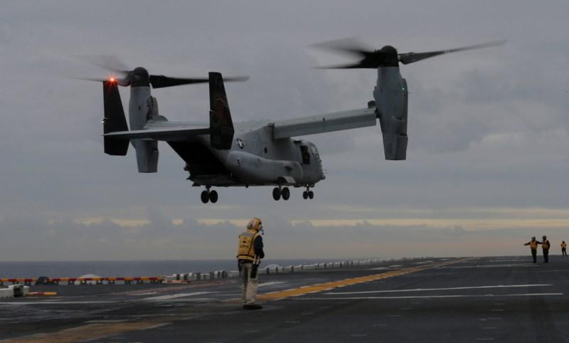 Máy bay của thủy quân lục chiến Mỹ hạ cánh trên boong tàu đổ bộ tấn công Bonhomme Richard của Mỹ đậu tại Úc hồi tháng 6. Ảnh: REUTERS