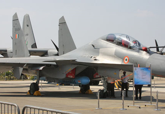 chien dau co su-30mki nga ban cho an do mang ten lua brahmos