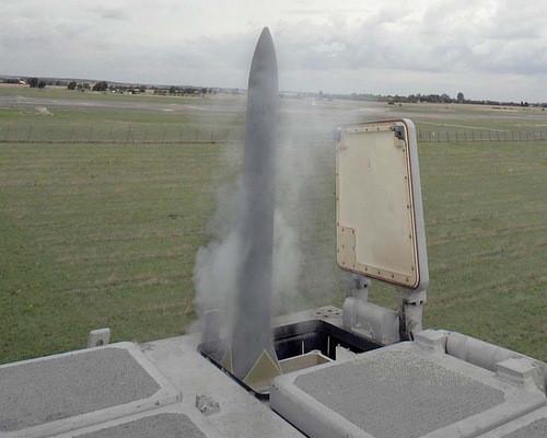 Bệ phóng Mk 41 thử nghiệm trên mặt đất. Ảnh: Wikipedia.