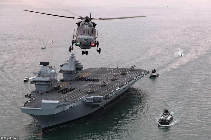Cận cảnh chiến hạm lớn nhất của Hải quân Anh - Ảnh 4.