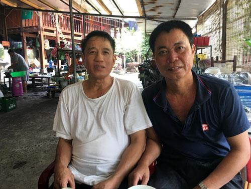 anh cong duc cuong (phai) - nguoi goi phao ban de giu chot o diem cao 685. anh: gia tuong