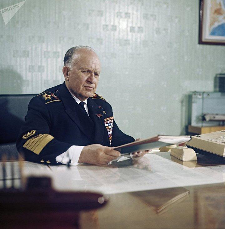 1057240362 - Sputnik - Do doc hai quan Sergey Gorshkov 6