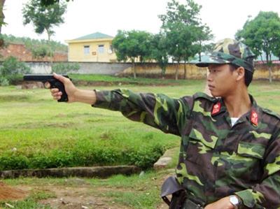 Các loại súng đều được cán bộ, chiến sĩ đơn vị sử dụng thuần thục.
