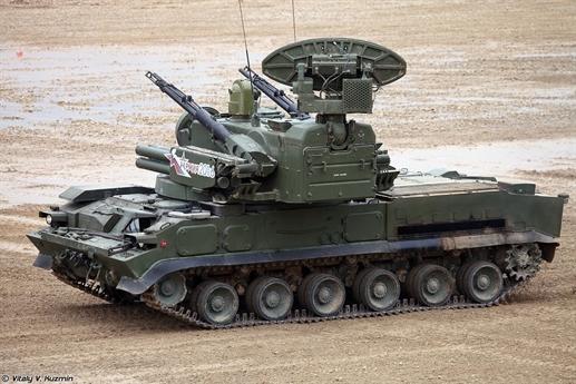 Hiện tại trong biên chế của các đơn vị phòng không tầm thấp chỉ có các tổ hợp pháo phòng không tự hành ZSU-23-4 hay tên lửa Strela-10 là đủ khả năng hành tiến theo đội hình tiến quân, nhưng do ra đời đã lâu nên chúng khó đáp ứng đầy đủ yêu cầu chiến tranh hiện đại. Tuy rằng các tổ hợp phòng không lục quân này đã được nâng cấp nhẹ trong một vài năm qua nhưng về lâu về dài thì mua sắm thêm các hệ thống thế hệ mới là yêu cầu vô cùng cấp thiết.