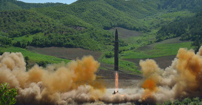 Tình hình căng thẳng trên bán đảo Triều Tiên 02-08-2017: Lý do Mỹ lo sợ tên lửa xuyên lục địa Triều Tiên