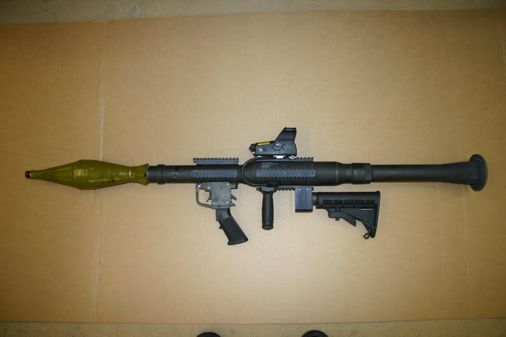 RPG-7 hay còn được gọi là B-41 trong quân đội Việt