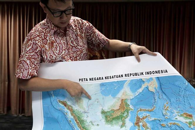 Tin tức tình hình Biển Đông tối 16-07-2017: Indonesia đặt lại tên một vùng biển trên Biển Đông - Trực tiếp phản bác 'đường lưỡi bò' của Trung Quốc