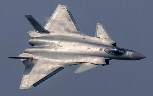 Lo ngại F-35 Mỹ, Trung Quốc vội biên chế tiêm kích tàng hình J-20