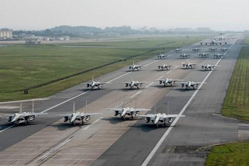 Không quân Mỹ, Trung Quốc liên tiếp diễn tập 'Voi đi bộ' giữa lúc căng thẳng