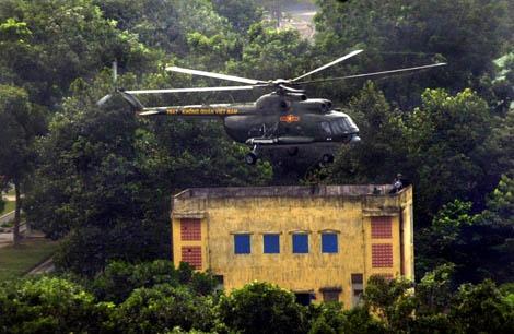 Trung đoàn không quân trực thăng 917: Huấn luyện đổ bộ đường không