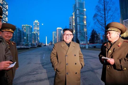 Ông Kim Jong-un: Công nghiệp tên lửa Triều Tiên 'sang trang mới'