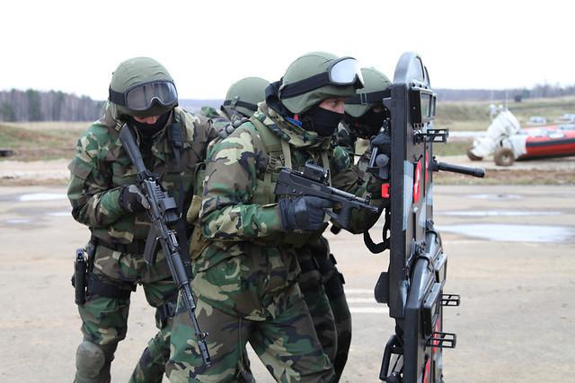 Kiến thức quân sự: Đã mắt  khi xem đặc nhiệm Nga tác chiến