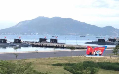Lựa chọn của Việt Nam khi Nga bán thêm tàu ngầm