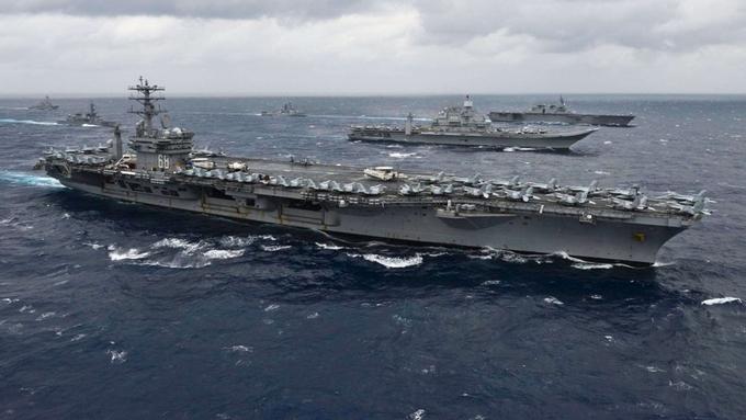 Tàu sân bay Mỹ - Ấn - Nhật dàn hàng