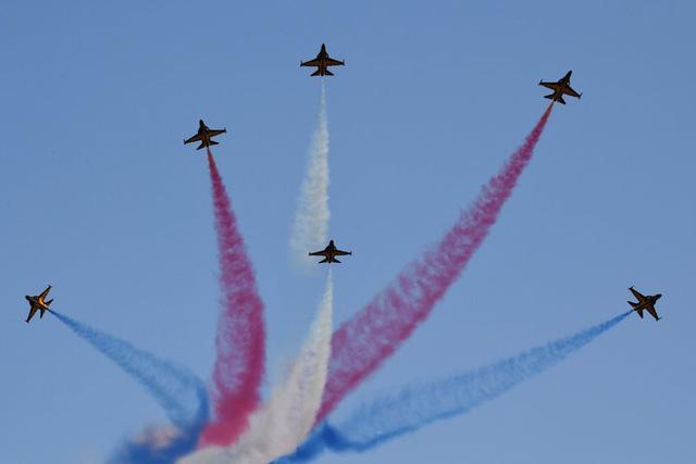 Hàn Quốc quyết tăng cường sức mạnh quân sự ứng phó Triều Tiên - Ảnh 1.