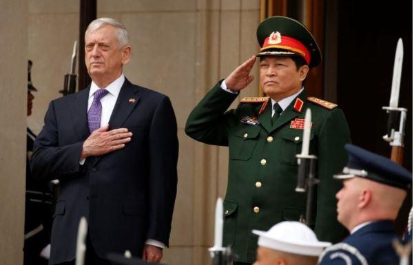 Tin tức tình hình Biển Đông 10-08-2017: Hợp tác Quốc Phòng Mỹ Việt đang phát triển mạnh mẽ - khẳng định tự do hàng hải ở BIển Đông là lợi ích chung của Việt Nam, Hoa Kỳ và nhân loại