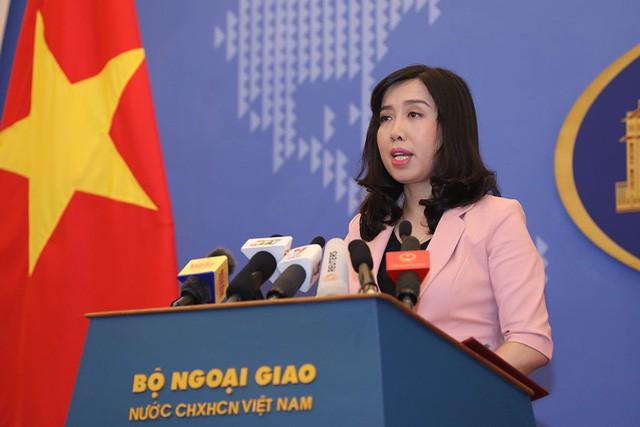 Việt Nam Yêu cầu Trung Quốc chấm dứt đưa máy bay ném bom diễn tập tại Hoàng Sa