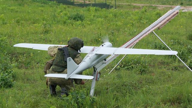 Nga bộc lộ sức mạnh quân sự trong tập trận Zapad - Ảnh 1.