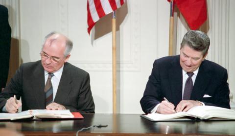 Nga-Mỹ lật kèo tên lửa vì Trung Quốc?