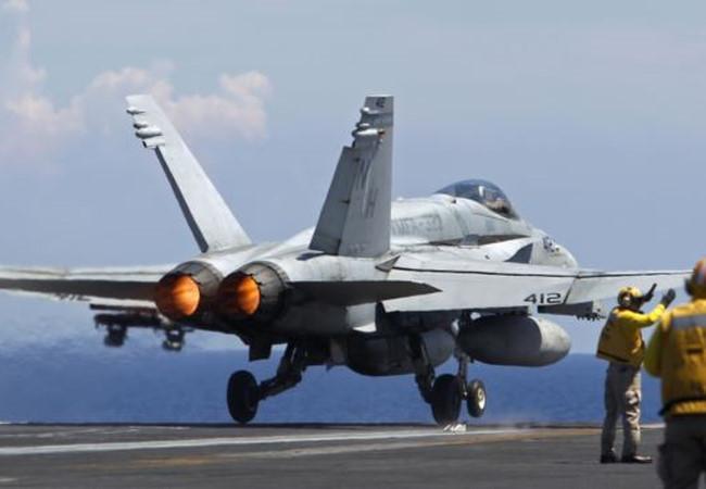 Giờ G tại Syria: Mỹ dàn trận nhưng Nga không 'sập bẫy'
