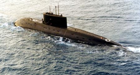 Hải quân Việt Nam: Bộ đôi 'kình ngư' trên biển Đông