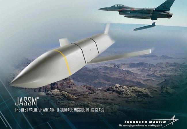 Nga cứu Syria tránh được Mỹ-NATO tấn công tên lửa ồ ạt
