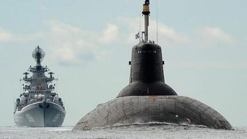 Siêu tàu ngầm hạt nhân Nga biến thành quái vật tàng hình