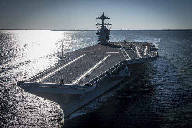 sieu tau san bay uss gerald r.ford se duoc dua vao bien che cua hai quan my ngay 22.7 anh: us navy