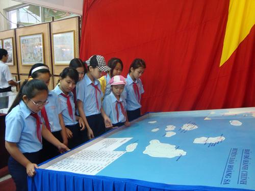 Tại sao Mỹ im lặng khi Trung Quốc chiếm Hoàng Sa của Việt Nam