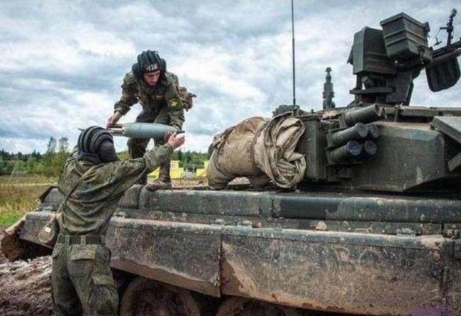 Tin tức tình hình Biển Đông trưa 12-08-2017: Báo Trung Quốc nói gì về việc Việt Nam mua xe tăng T-90S Nga?