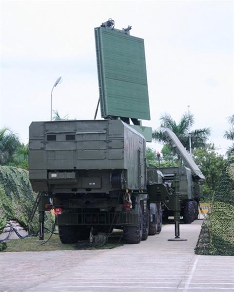 dai radar nhin vong moi do cao 96l6 cua to hop s-300pmu-1 viet nam