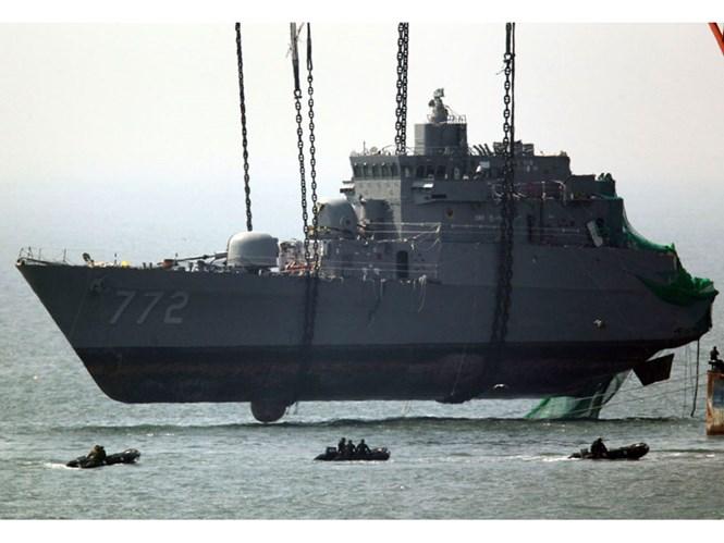Những vụ đụng độ khốc liệt trên Hoàng Hải