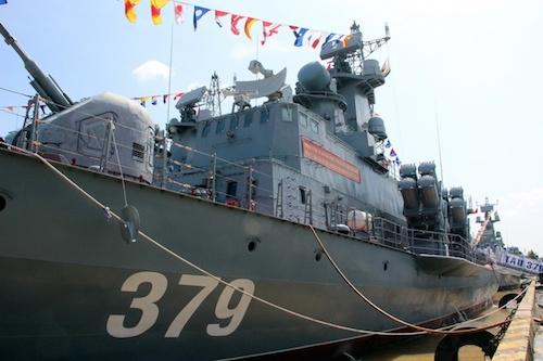 Đề nghị Bộ Quốc phòng, Công an cùng chế tạo vũ khí