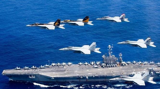 """Mỹ quyết không để Trung Quốc """"múa gậy vườn hoang"""" ở Biển Đông"""