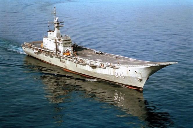tau san bay duy nhat cua thai lan us navy