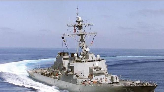 Chiến hạm Mỹ tuần tra Hoàng Sa, thách thức yêu sách Trung Quốc