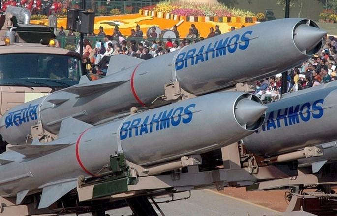 Tin tức tình hình Biển Đông tối 19-08-2017: Ấn Độ sản xuất hàng loạt hạ giá tên lửa hành trình Brahmos - sát thủ diện hạm