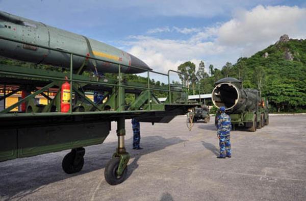 Vũ khí việt nam: Tìm hiểu tên lửa sát thủ tàu sân bay của Việt nam(HQ02)