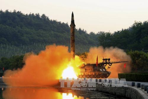 Tình hình căng thẳng trên bán đảo Triều Tiên tối 10-08-2017:Xuất hiện dấu hiệu Mỹ chuẩn bị tấn công Triều Tiên sau cảnh báo của ông Trump?